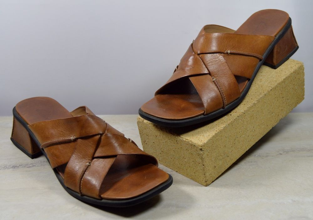 clarks women s brown block leather slides sandals size 9 m clarks