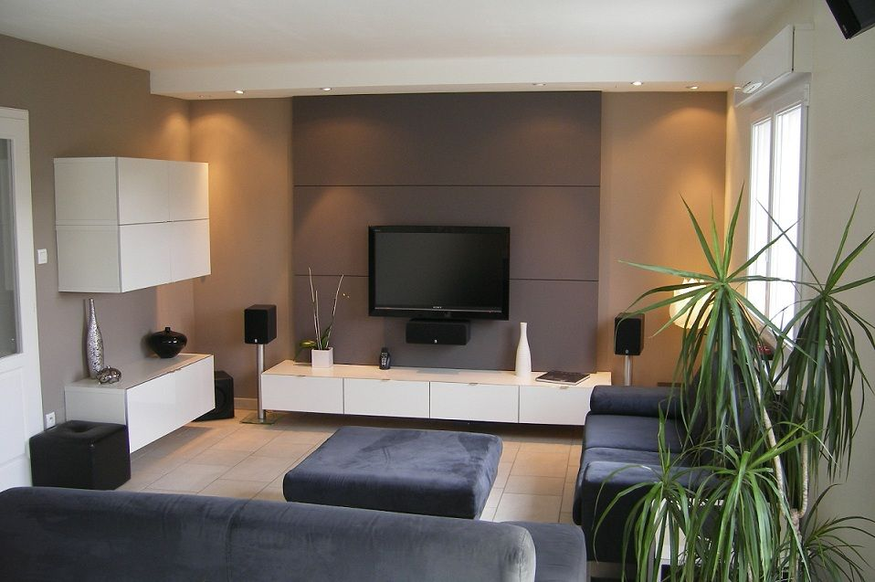Album 18 tv accroch e au mur ou int gr e s rie 1 mur de tele et foyer pinterest tv - Deco mur tv ...