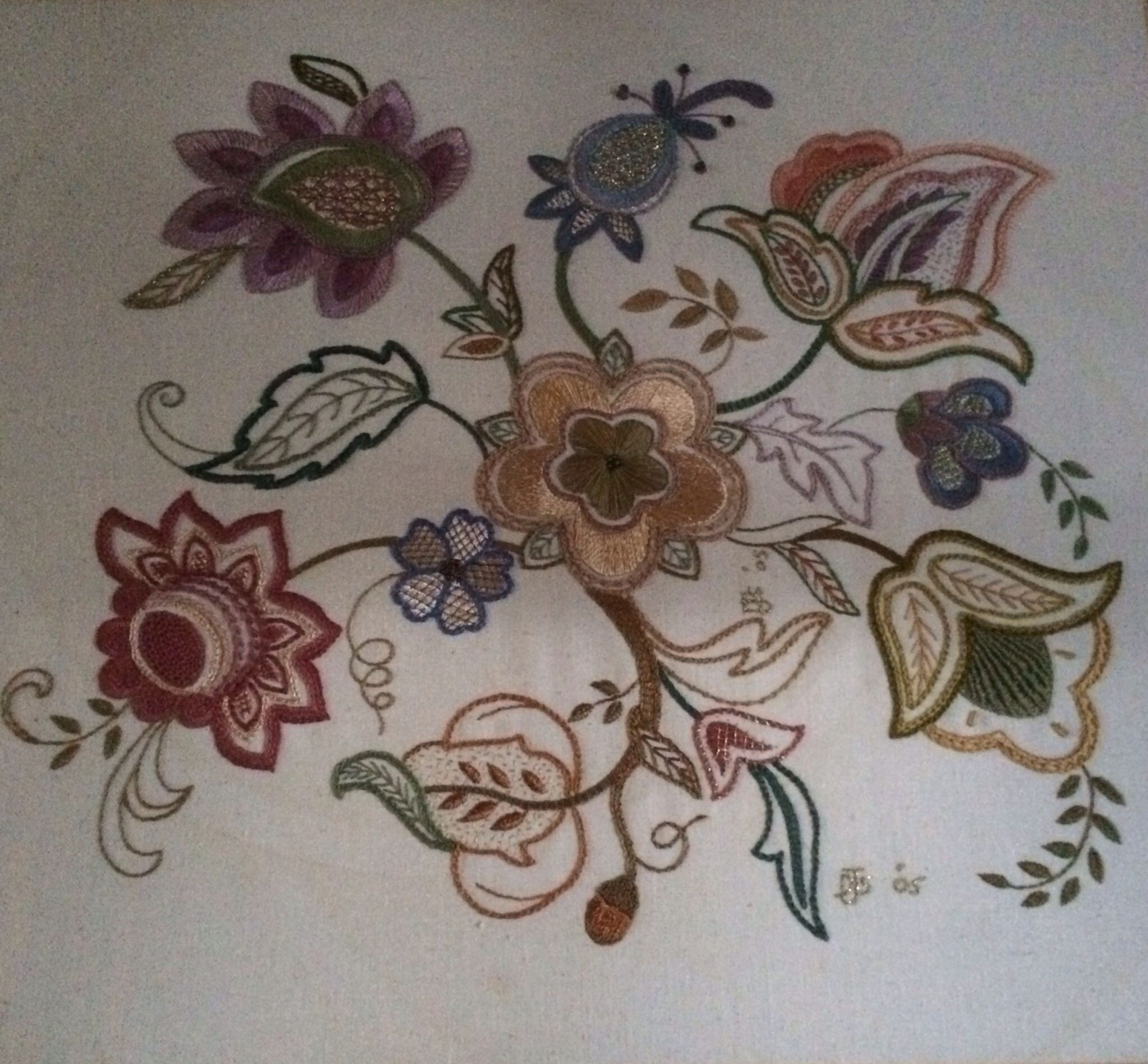 Another one of my jacobian embroidery bordado tradicional