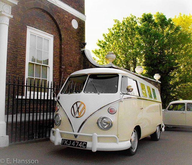 Volkswagen bus near Richmond hill!👌😀🌞 #volkswagencampervans #volkswagenbus #volkswagenlove #londonbus #richmondhill