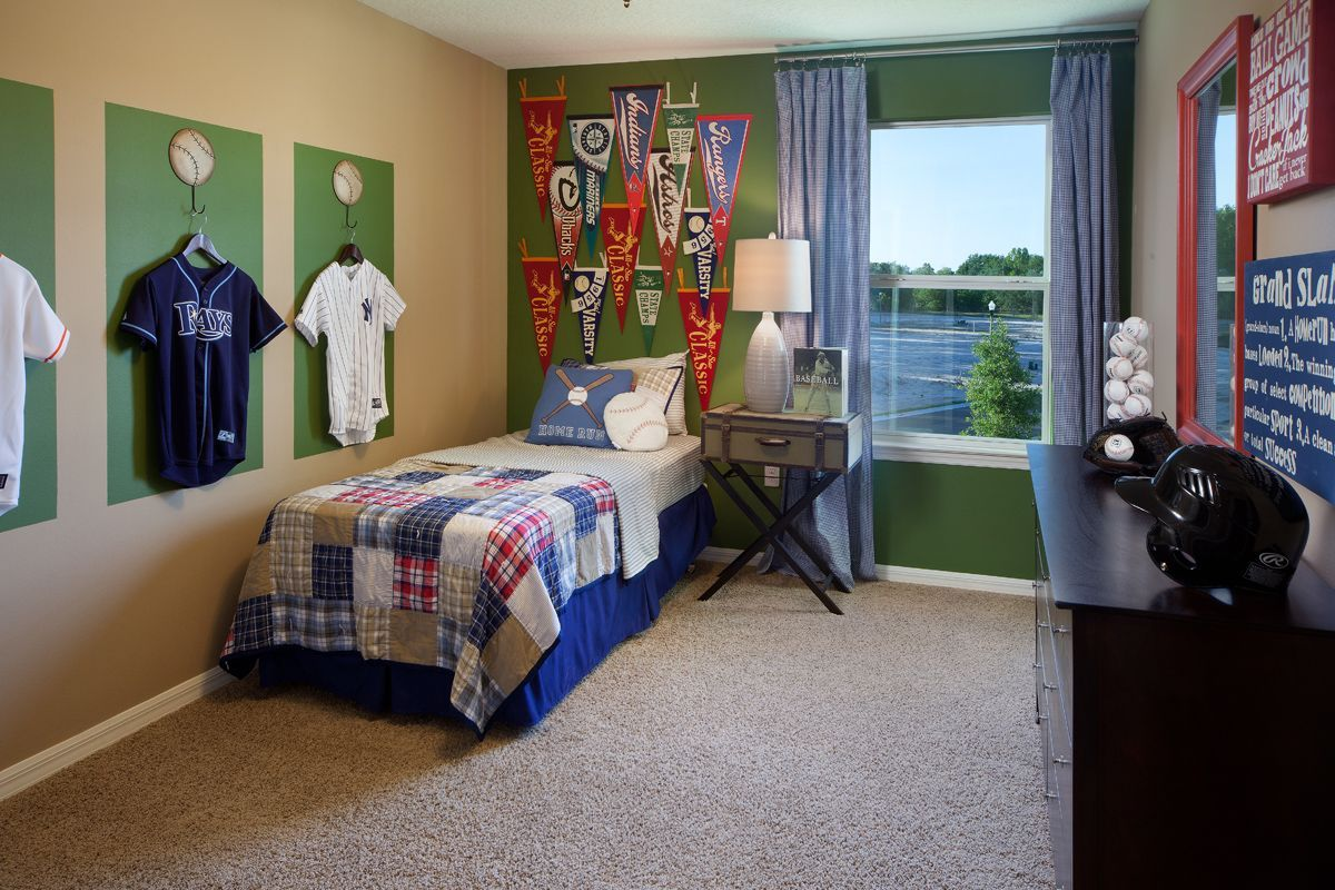 Pin by Ethan Hughes on Baseball⚾️ | Bedroom themes, Big ...