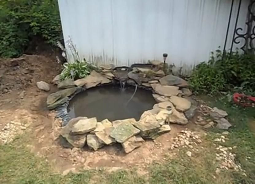 Haz tu propio estanque en el jard n gracia a una llanta for Como hacer un estanque con una llanta