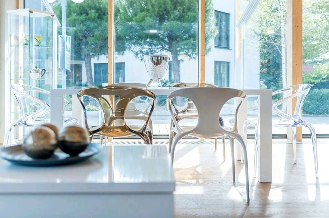 Ava chairs designed by Song Wen Zhong