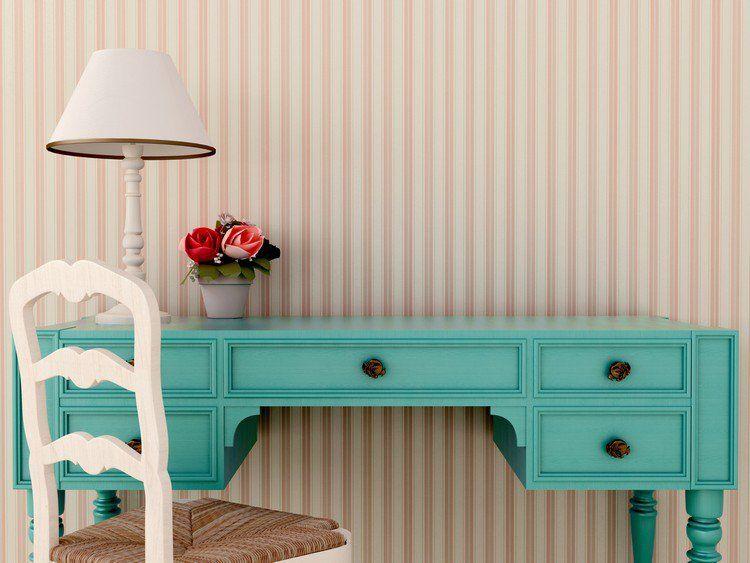 Relooker armoire ancienne bureau en bois massif chaise en bois