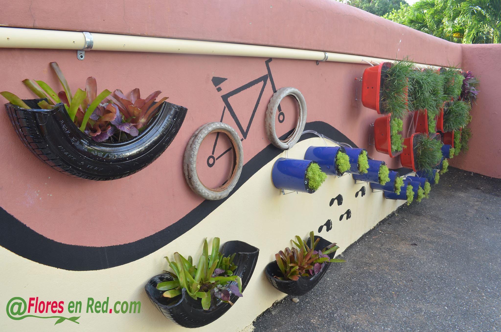 Garden wall art ideas - Gardens