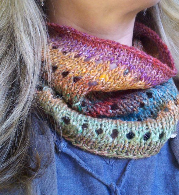Free Pattern Favorite Cowl By Tajie Maxedon Knitting For Your