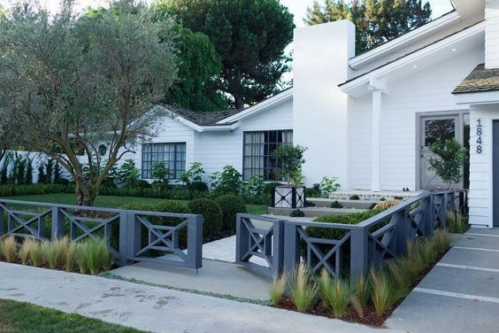 75 fence designs styles patterns tops materials and ideas 2018 rh pinterest ca
