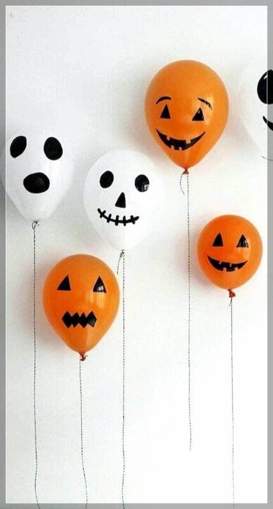 88+-Awesome-DIY-Halloween-Decorations-Ideas-52 #deguisementfantomeenfant
