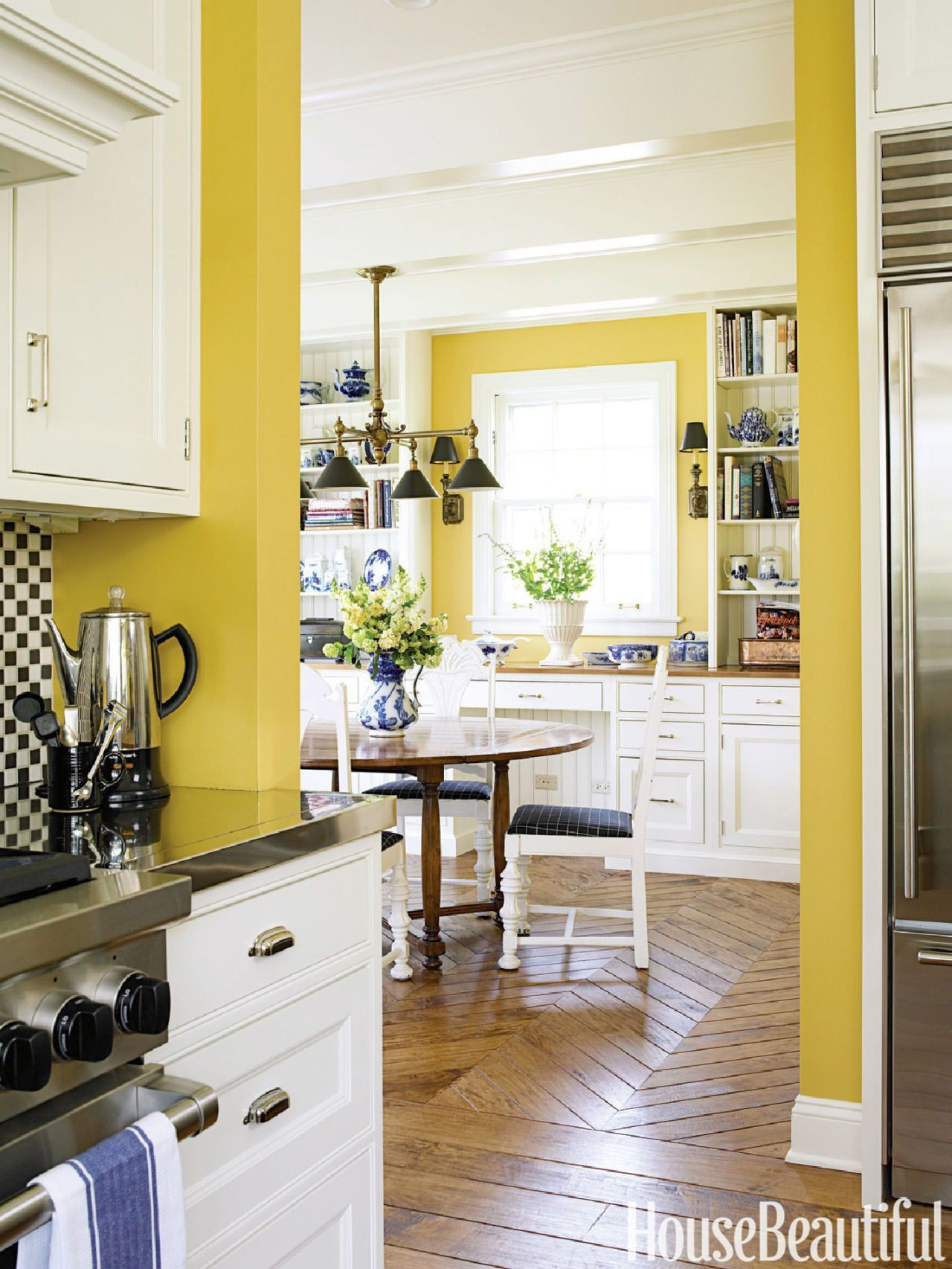 Lovely Yellow Kitchen Ideas Walls 10 Yellow Kitchens Decor Ideas Kitchens With Yellow Walls In 2020 Yellow Kitchen Decor Yellow Kitchen Walls Kitchen Color Yellow