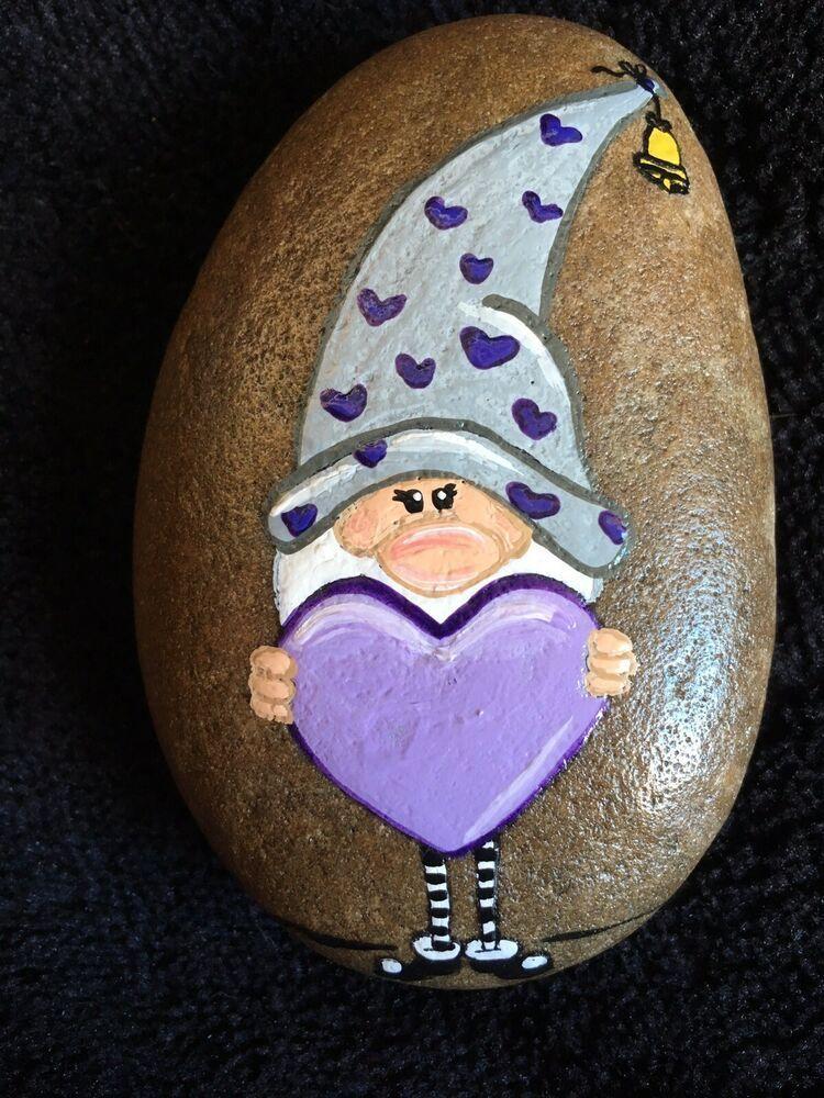 Hand Painted River Rock Valentine's Day Gnome #riverrockgardens Hand Painted River Rock Valentine's Day Gnome | eBay #bemaltekieselsteine
