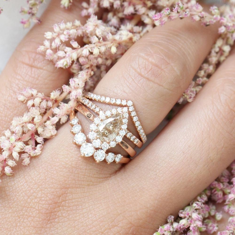 Tiara Halo Champagne Diamond Engagement Ring In 14k Rose Gold Size 6 5 Gold Diamond Wedding Band Diamond Wedding Bands Rose Gold Wedding Band Diamond
