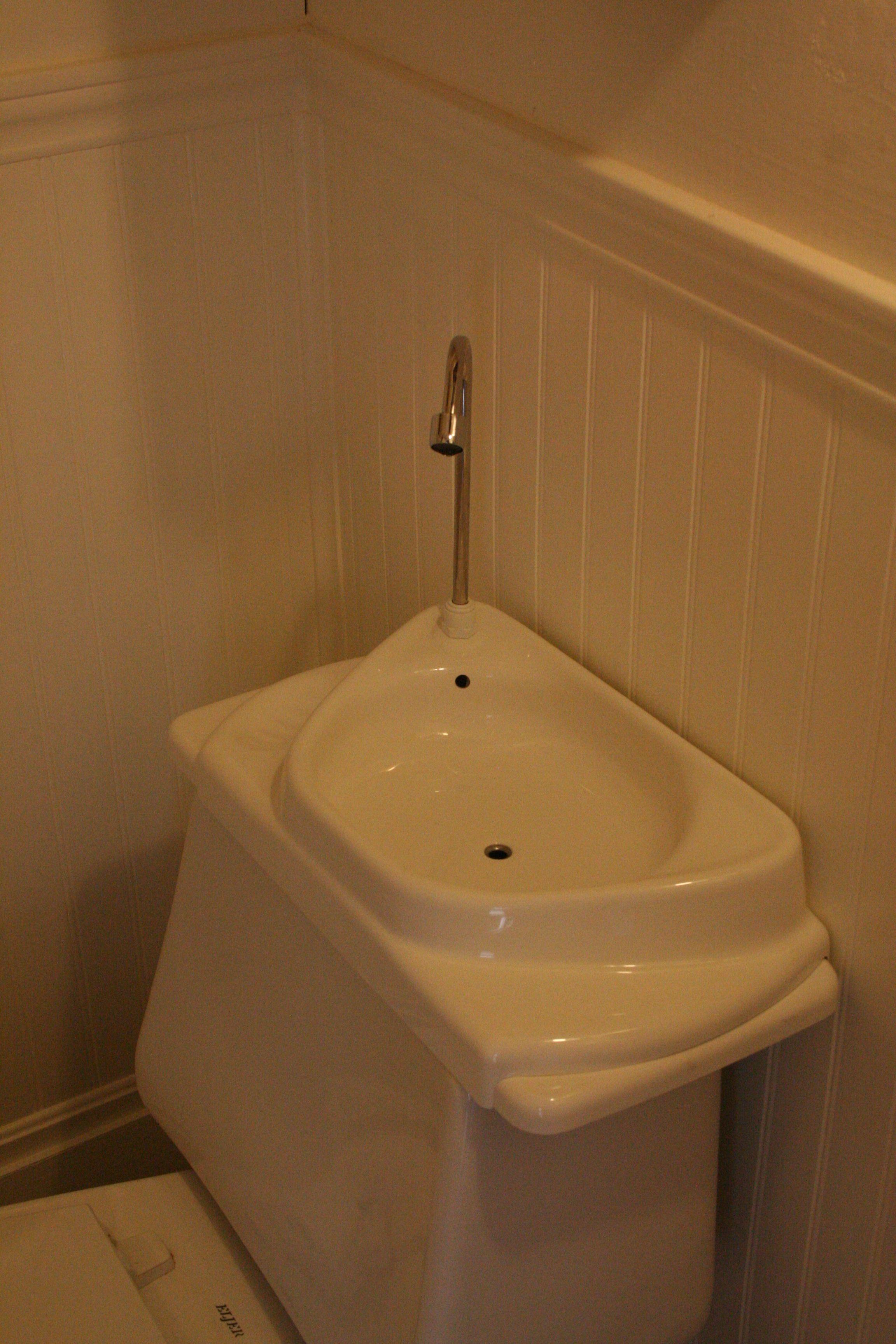 Toilet Sink Toilet Sink Tiny Bathroom