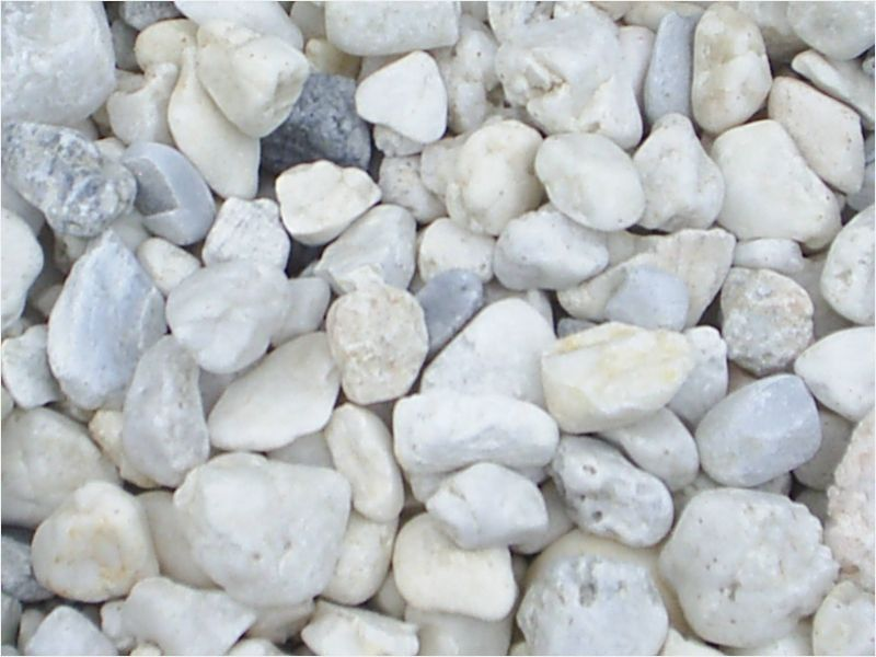 White Marble Chips Materials In 2020 Landscaping With Rocks White Landscaping Rock Landscape Stone