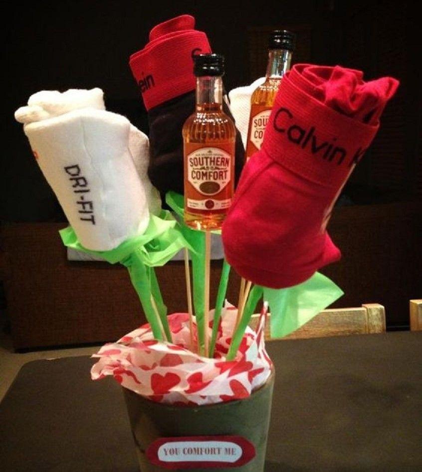 20 originales y rom nticos regalos para las parejas que se - Ropa interior novio ...
