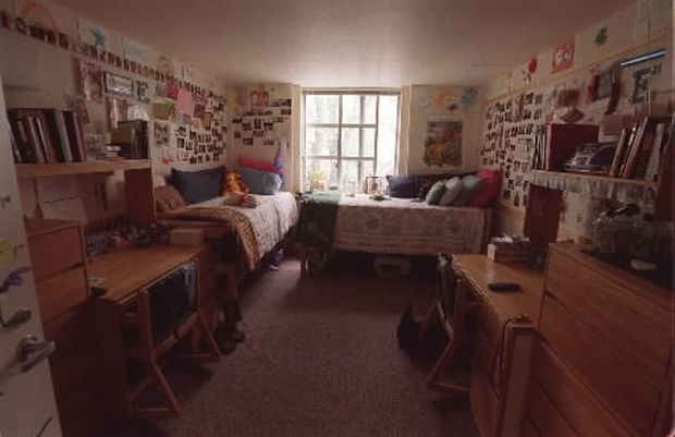 Everything But Especially The Pictures On The Walls Dorm Layout Dorm Room Layouts Dorm Sweet Dorm