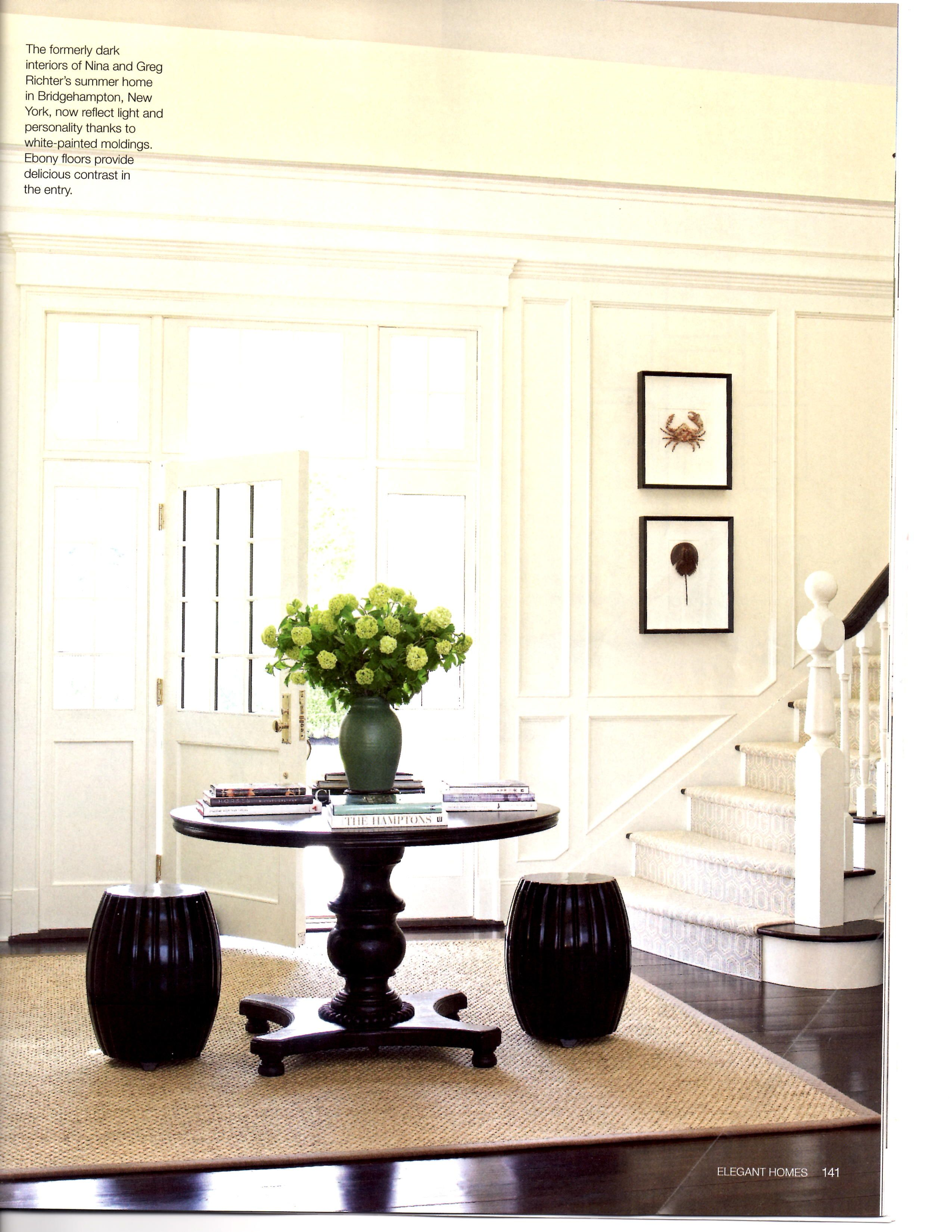 Awesome Entry Table with Stools