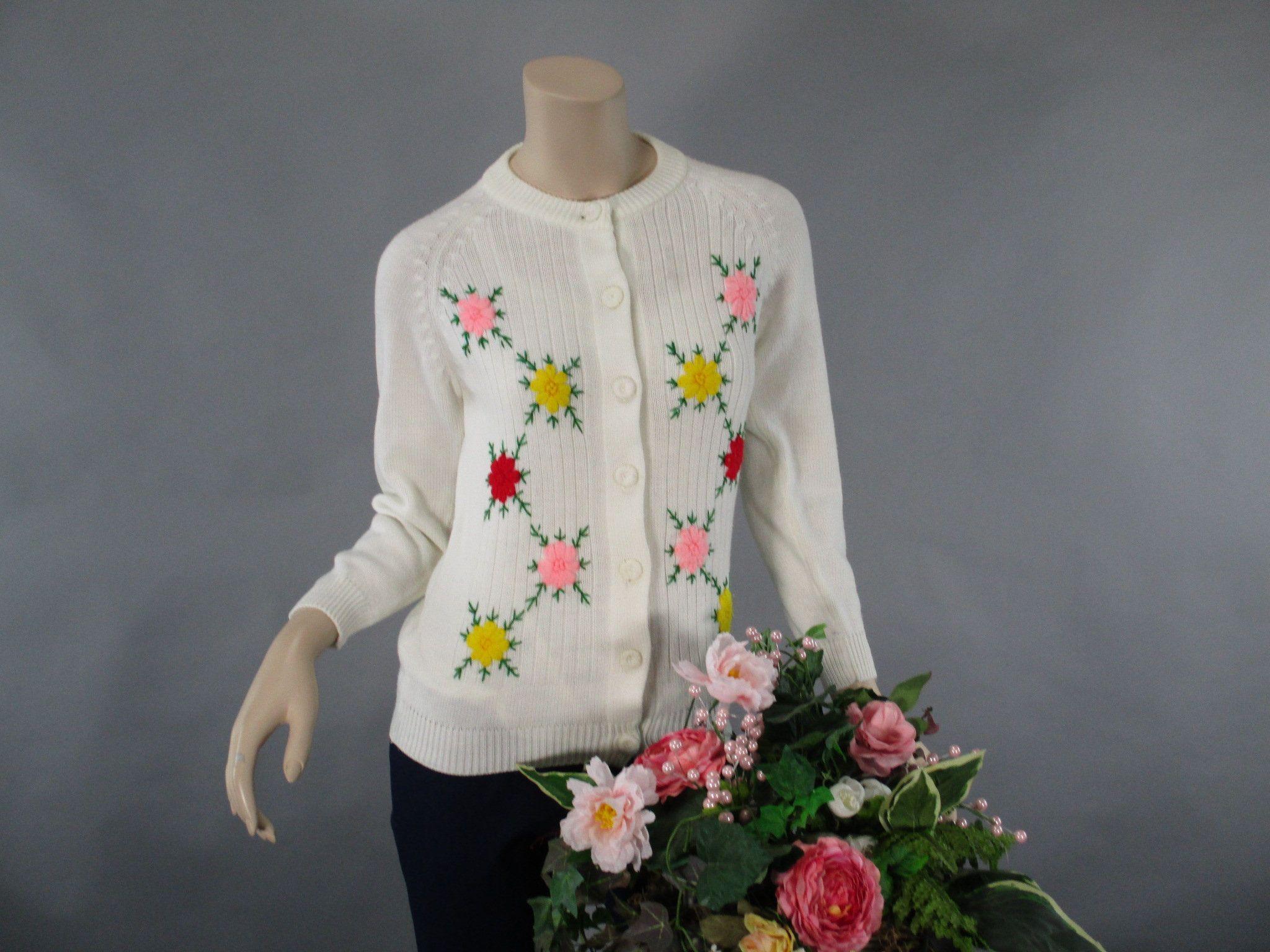 Vtg 70s Embroidered Floral Cardigan