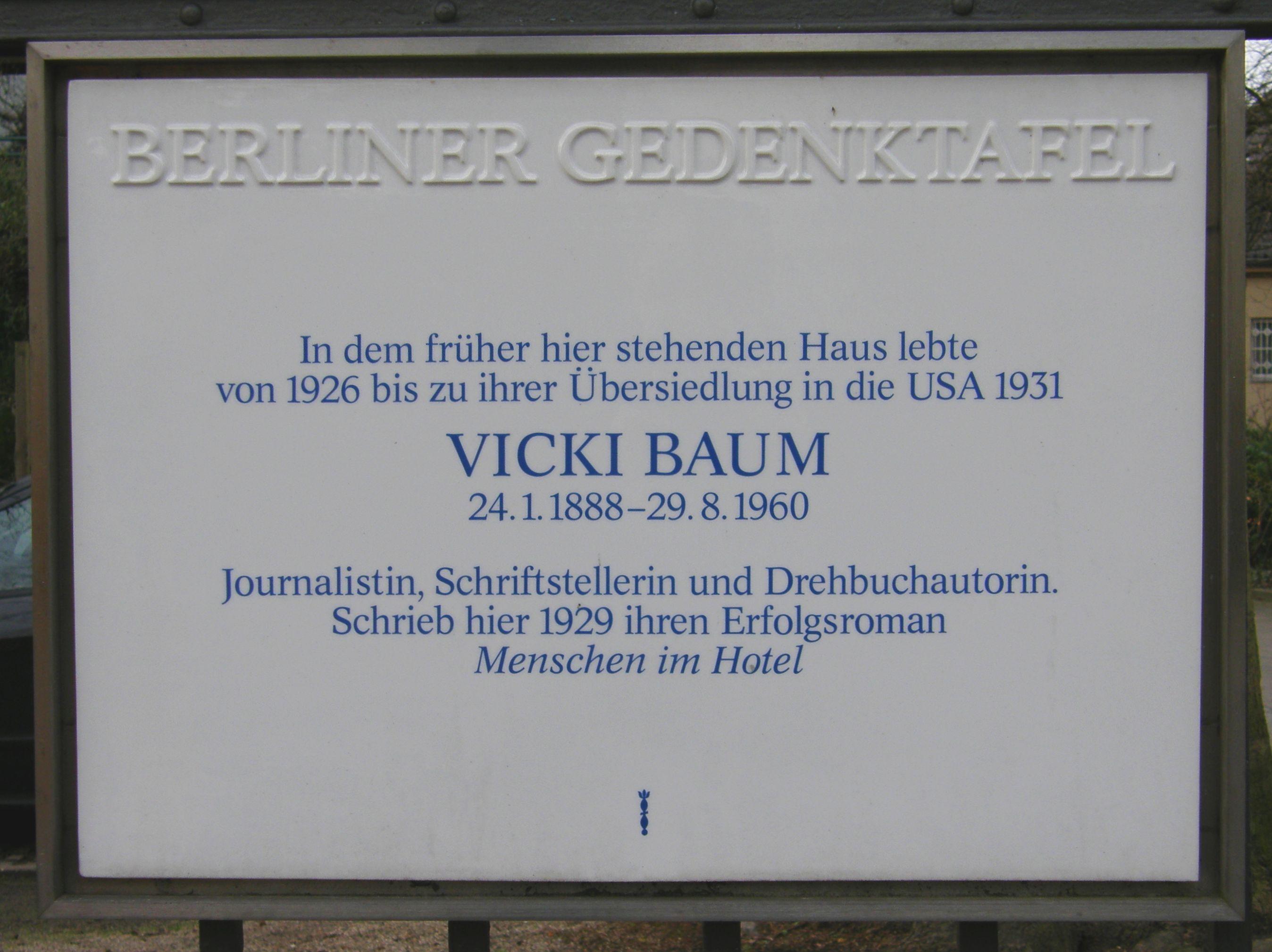 Gedenktafel Vicki Baum, 1929.