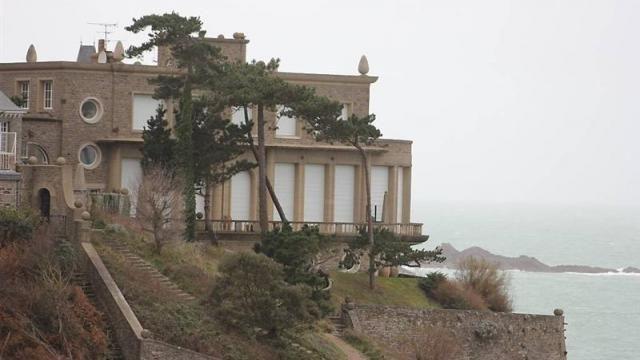 la villa greystones a t b tie dinard entre 1938 et 1947 par l architecte michel roux spitz. Black Bedroom Furniture Sets. Home Design Ideas