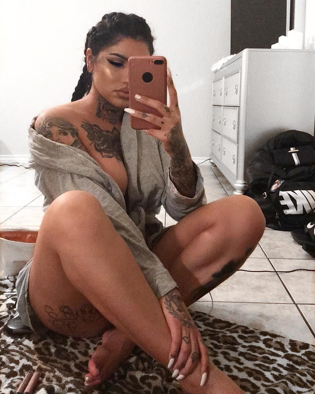 Latina Hoes