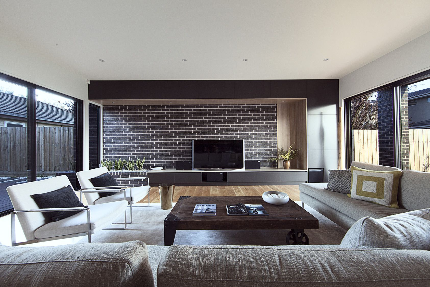 Galeria De High Street Alta Architecture 17 Large Living Room Design Large Living Room Furniture Family Room Design