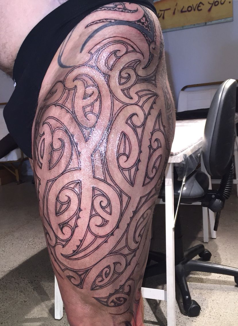 Outline Of Polonisian Sleeve: Thigh Work Maori Outline Completed