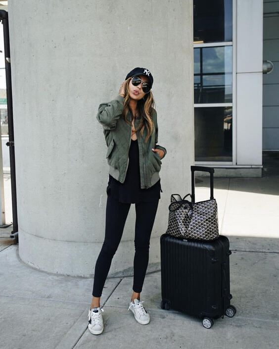 13 Comfortable Outfit Ideas To Wear While Traveling | Outfits For Traveling | Pinterest | Ootd ...