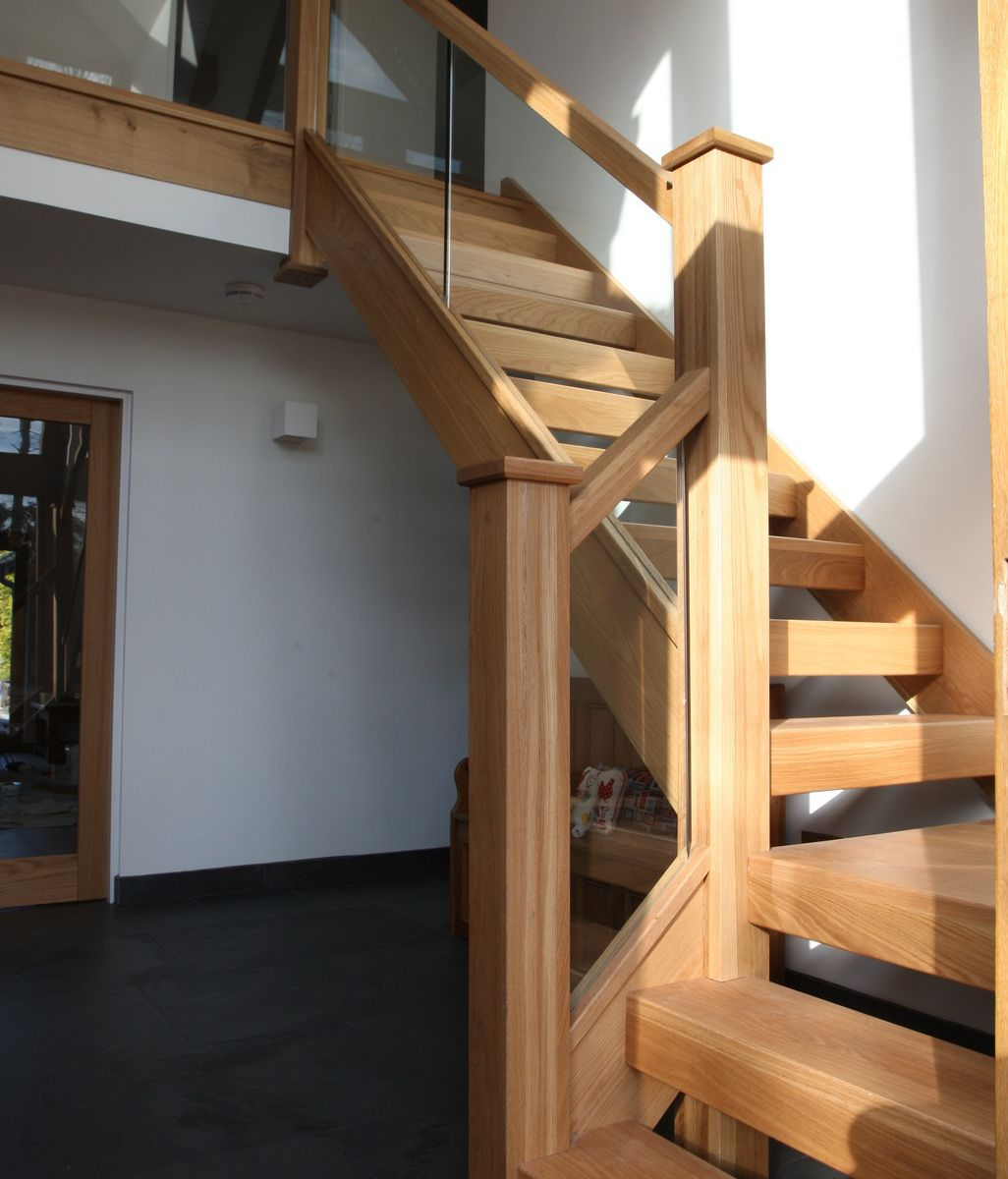 Beautiful Interior Staircase Ideas And Newel Post Designs: Huge 117mm Square Oak Newel Posts With Chamfered Newel