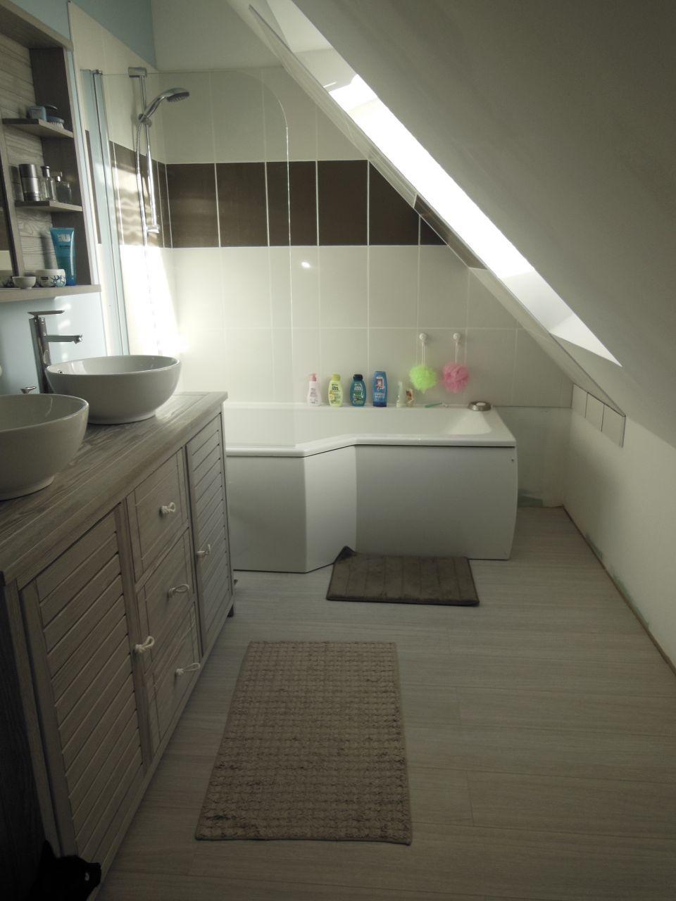 Photo décoration Salle de bain - salle d'eau - St Gilles (Ille Et Vilaine - 35) - décembre 2014