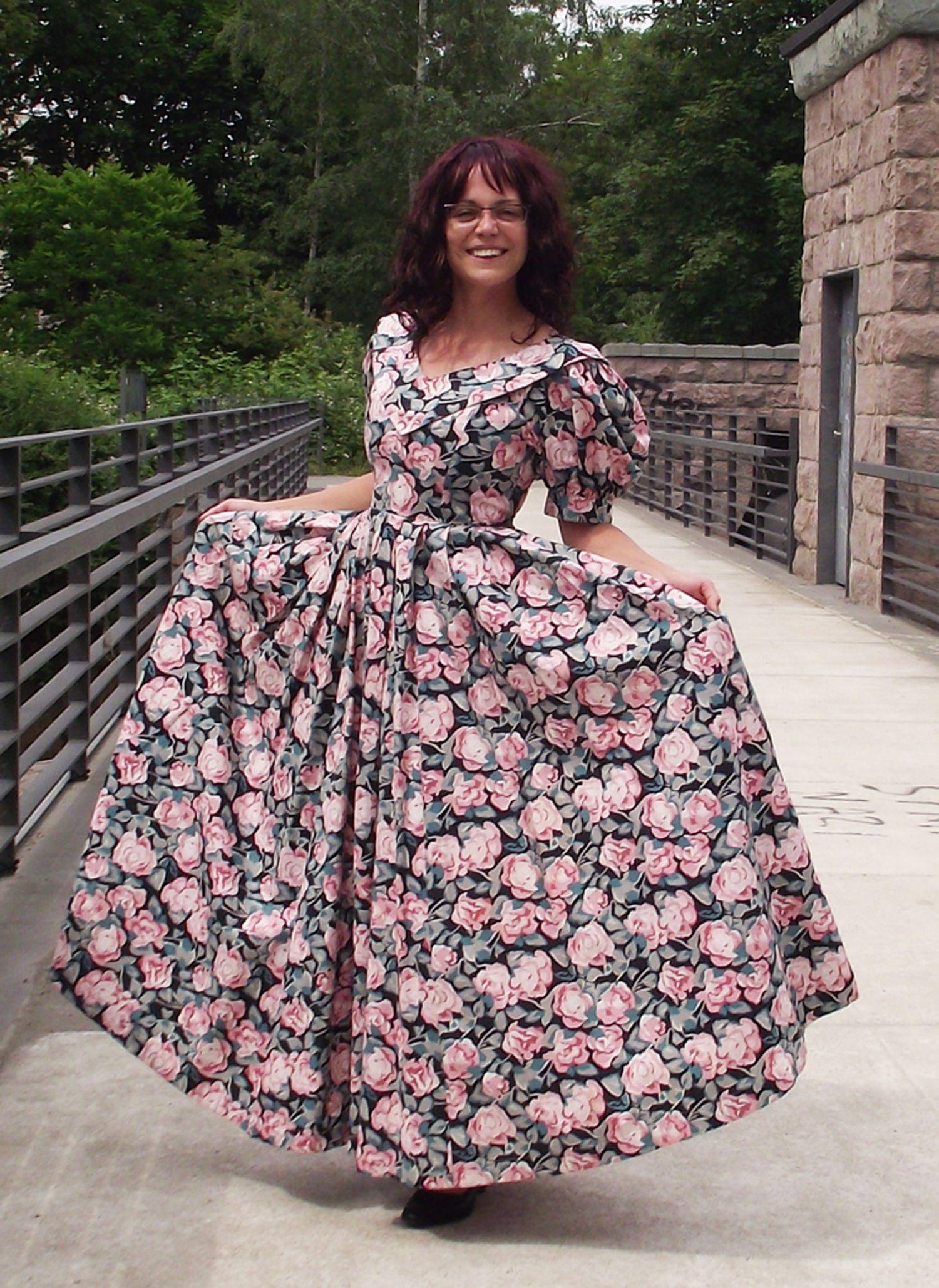 Vintage Laura Ashley  Hübsche kleider, Aussergewöhnliche kleider