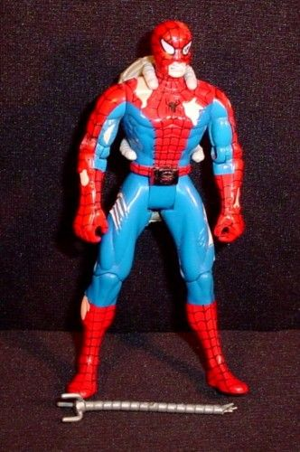 Spider-Man The New Animated Series Battle Ravaged Spider-Man ToyBiz 1995