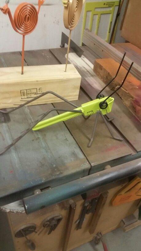 Grass hopper / pipe wrench