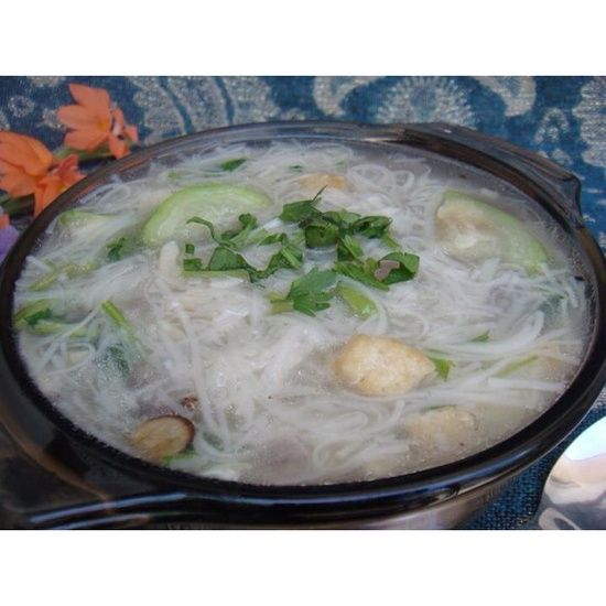 Recipes and Delicacies: How to Cook Misua with Egg Soup   Food. Cooking. Food cravings