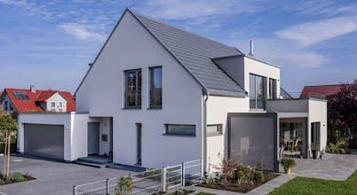 Satteldach Haus Mit Ein Und Anbauten Einfamilienhaus Von