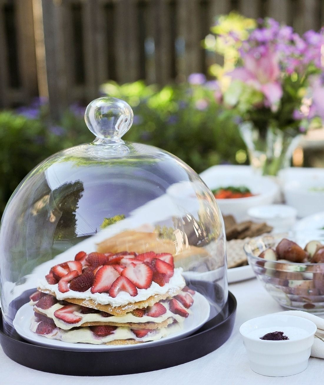 Get ready to add another summer celebration to your agenda. Tommy Engström of Smak treats us to delicious recipes from one of his favorite Swedish traditional holidays, the Midsummer Party.