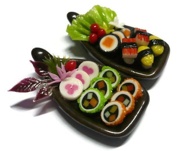 2 Sushi Bento Japanese Food Dollhouse Miniatures Food Supply Boat Deco 8