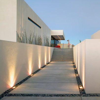 Modern Minimalist Landscape Design Ideas Pictures Remodel And Decor Page 6 Iluminacion De Patio Iluminacion De Fachada Iluminacion Terrazas