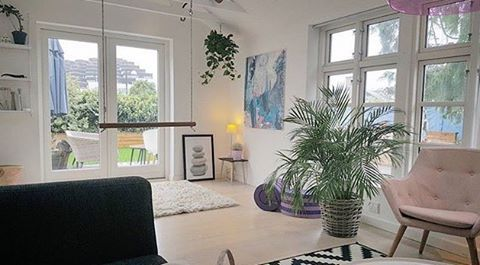 SFS Inspiration: @monika_pedersen 😊 ______________ Thank you for participate our SFS ✨ #interior #inspiration #interiorinspo #scandinavianhomes #skandinaviskehem #skandinaviskehjem #nordicinspiration #nordichomes #nordiskehjem #dailyinstainspo #dailyinterior #interior123 #interior2all #interior2you #interior4all #interiordesign #finahem #interiørmagasinet #interior4all #interiores #boligindretning #boligpluss #boligstyling #boligmagasinetdk #boligmagasinet #bobedre