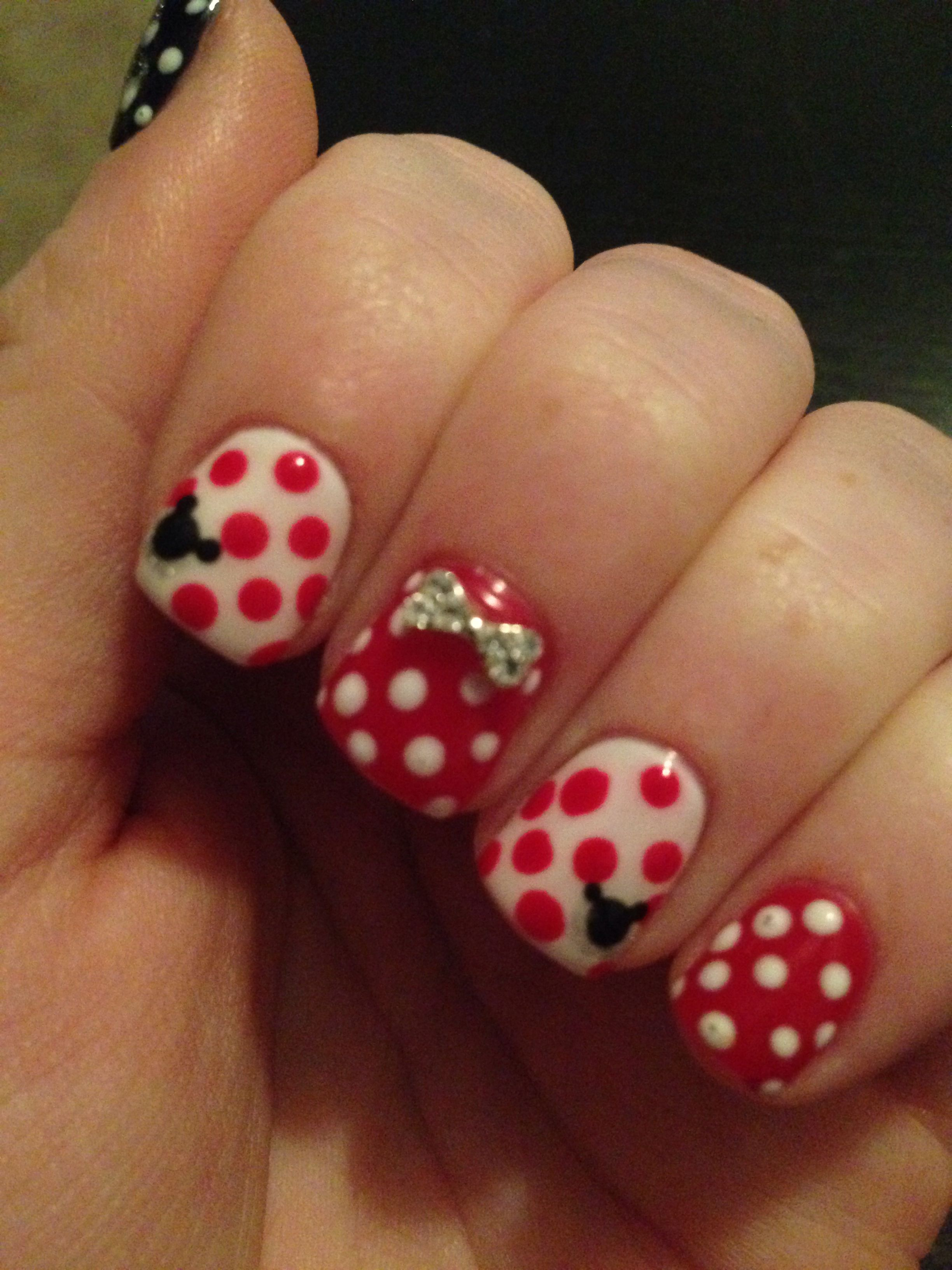 Disney themed nails!! | Disney themed nails, Nails, Cute ...