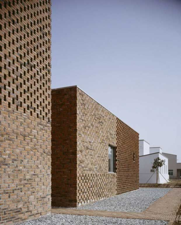 Modern Brick House In China Designed By Atelier Zhanglei Modern Brick House Brick Design Brick Exterior House