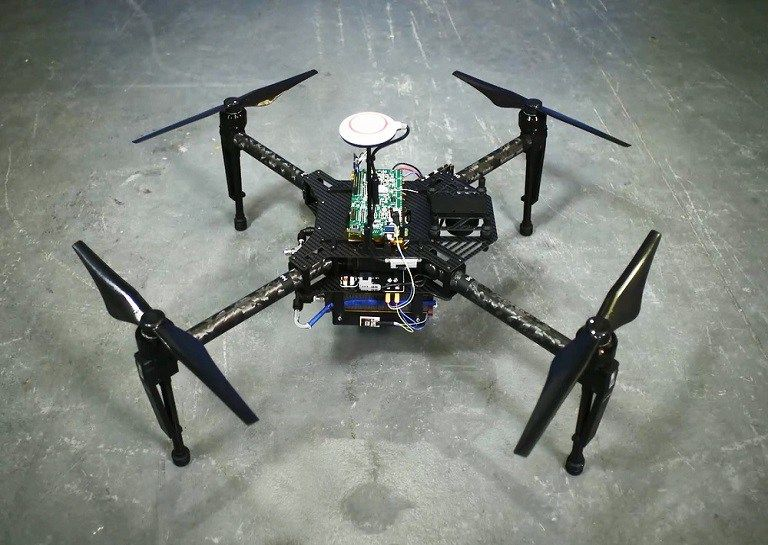 This Drone Powered By A Hydrogen Fuel Cell Can Fly For 4 Hours Https Technnerd Com This Drone Powered By A Hyd Hydrogen Fuel Cell Fuel Cells Drones Concept