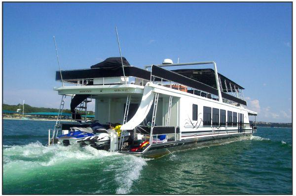 Houseboat Rentals On Lake Travis In Austin Texas