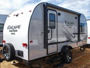 Photo of 8 Best Small Camping Trailers with Bathrooms – RVBlogger