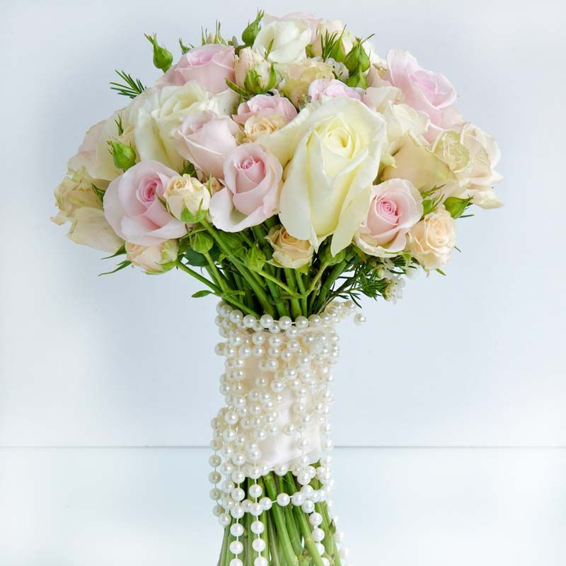 Bridal Flower Bouquets A Gallery Of Beautiful Arrangements Colours And Styling