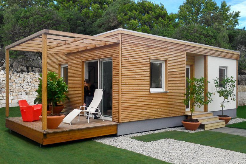 Casa prefabricada de modulares en madera con for Casas prefabricadas modernas