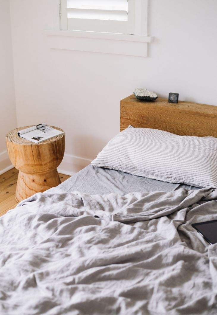 jessie james manly  discount bedroom furniture full
