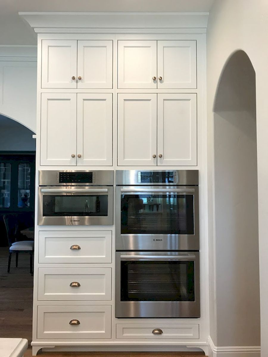 24 Amazing White Kitchen Cabinet Design Ideas Kitchen Renovation Inspiration White Kitchen Renovation Classic White Kitchen