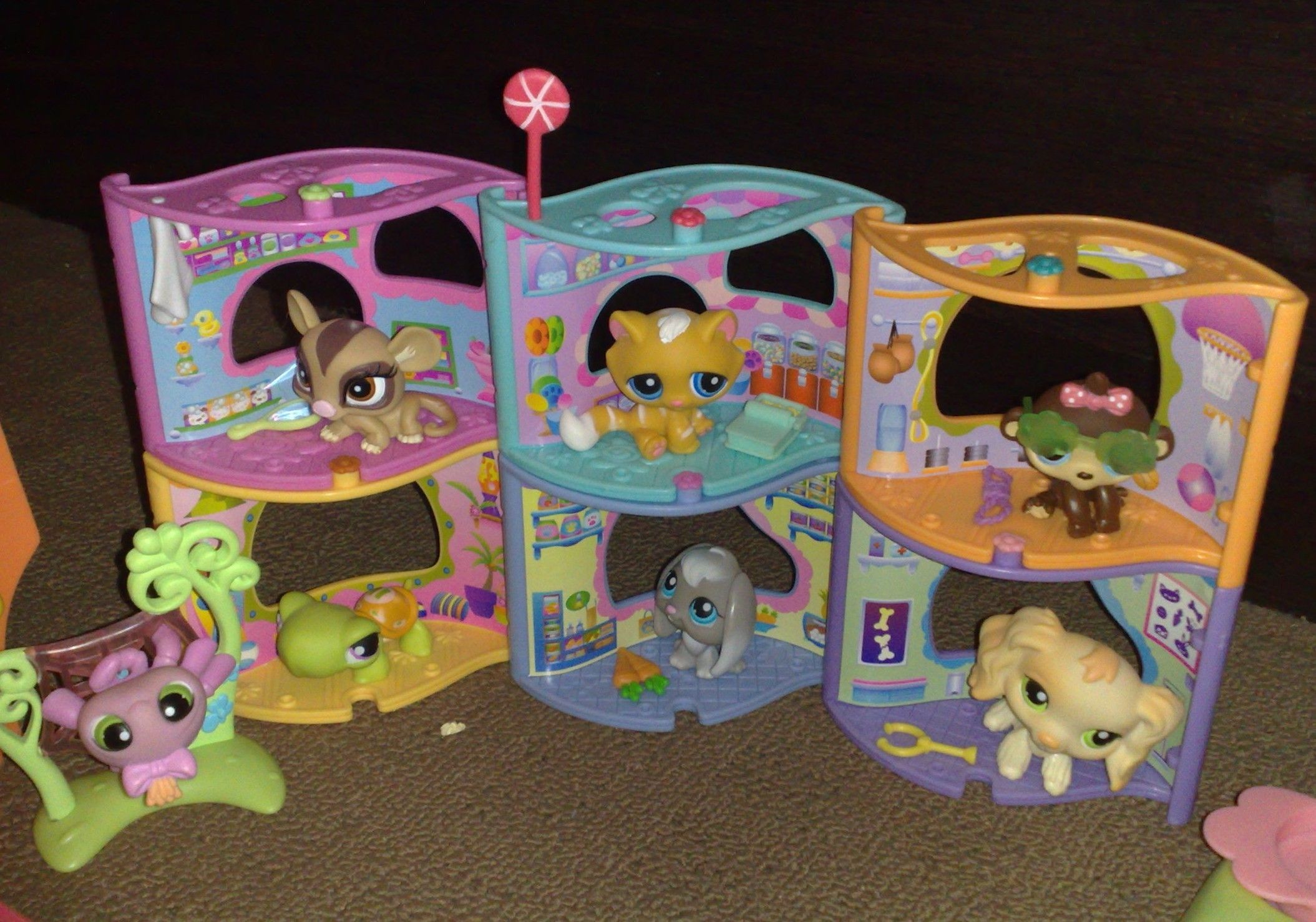 my littlest pet shops Little pet shop, Little pet shop