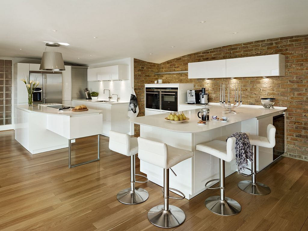 lawrence alno star highline high gloss white kitchen siemens appliances corian worktops. Black Bedroom Furniture Sets. Home Design Ideas