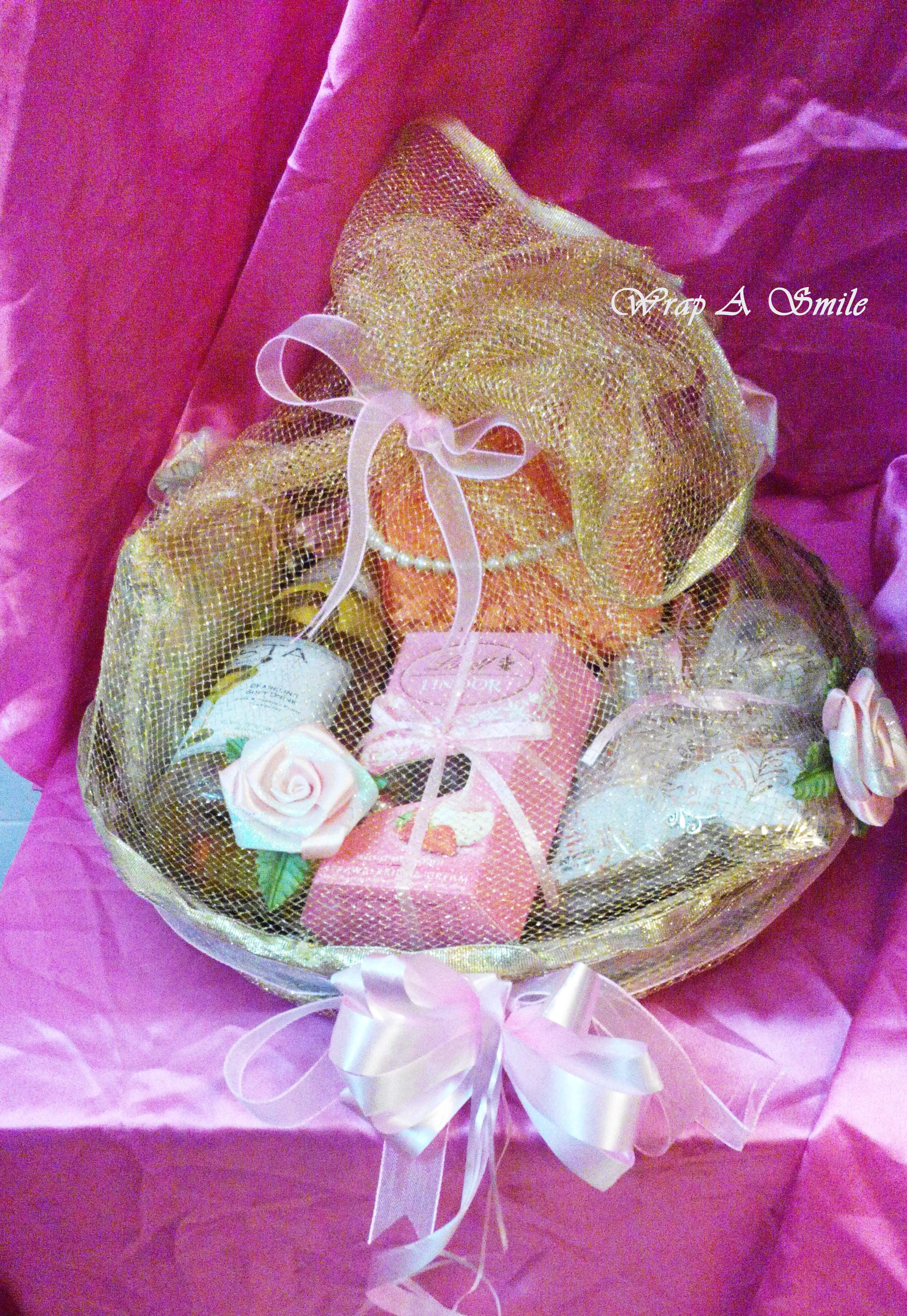 Gold Net & Light Pink flowers & Bows Hamper For orders/inquiries ...